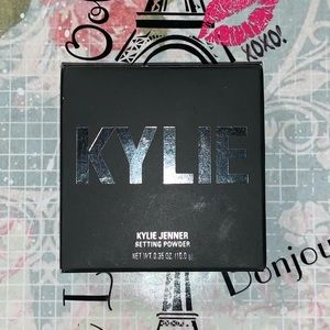 Kylie Loose Setting Powder/Beige